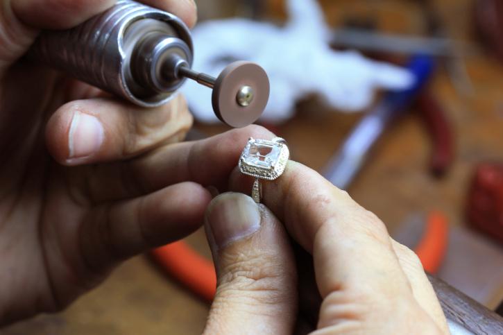 Repairing Ring